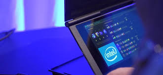Furán hajtogatható laptopot mutatott be az Intel, de úgy tűnik, van értelme